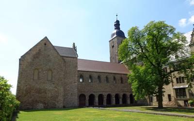 Schloss Leitzkau mit Stiftskirche © Förderkreis Leitzkau